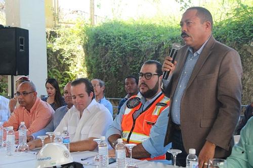 Foto Casavona legisladores y trabajadores
